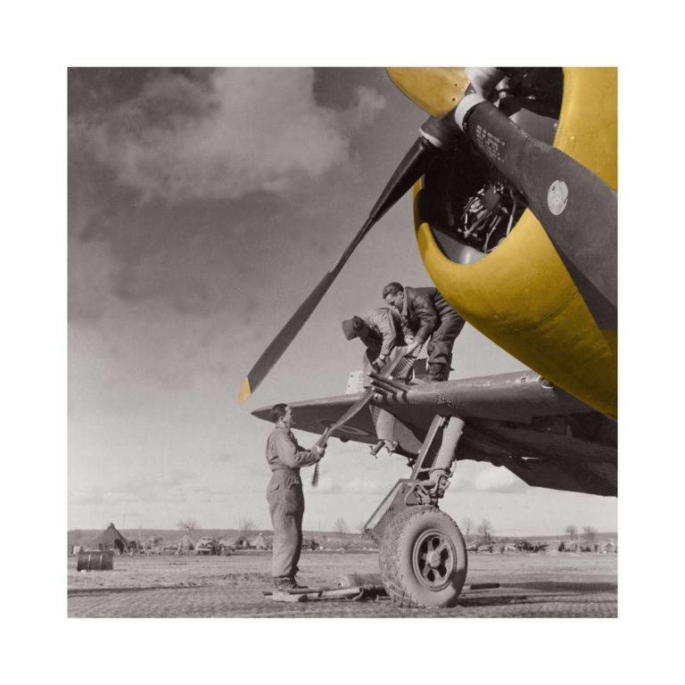 Photo ancienne couleur avion n°12 cadre noir 30x30cm
