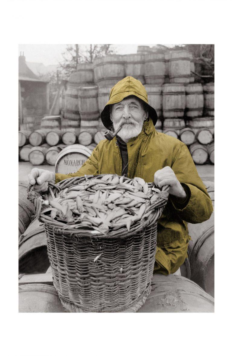 Photo ancienne couleur pêche n°81 cadre noir 70x105cm