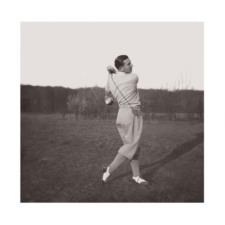 Photo ancienne noir et blanc golf n°67 cadre noir 70x70cm