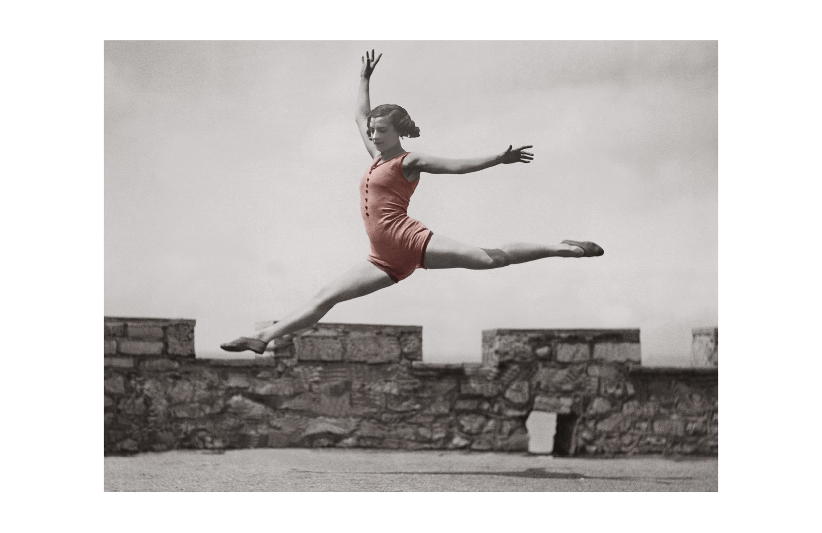 Photo ancienne couleur danse n°01 cadre noir 70x105cm