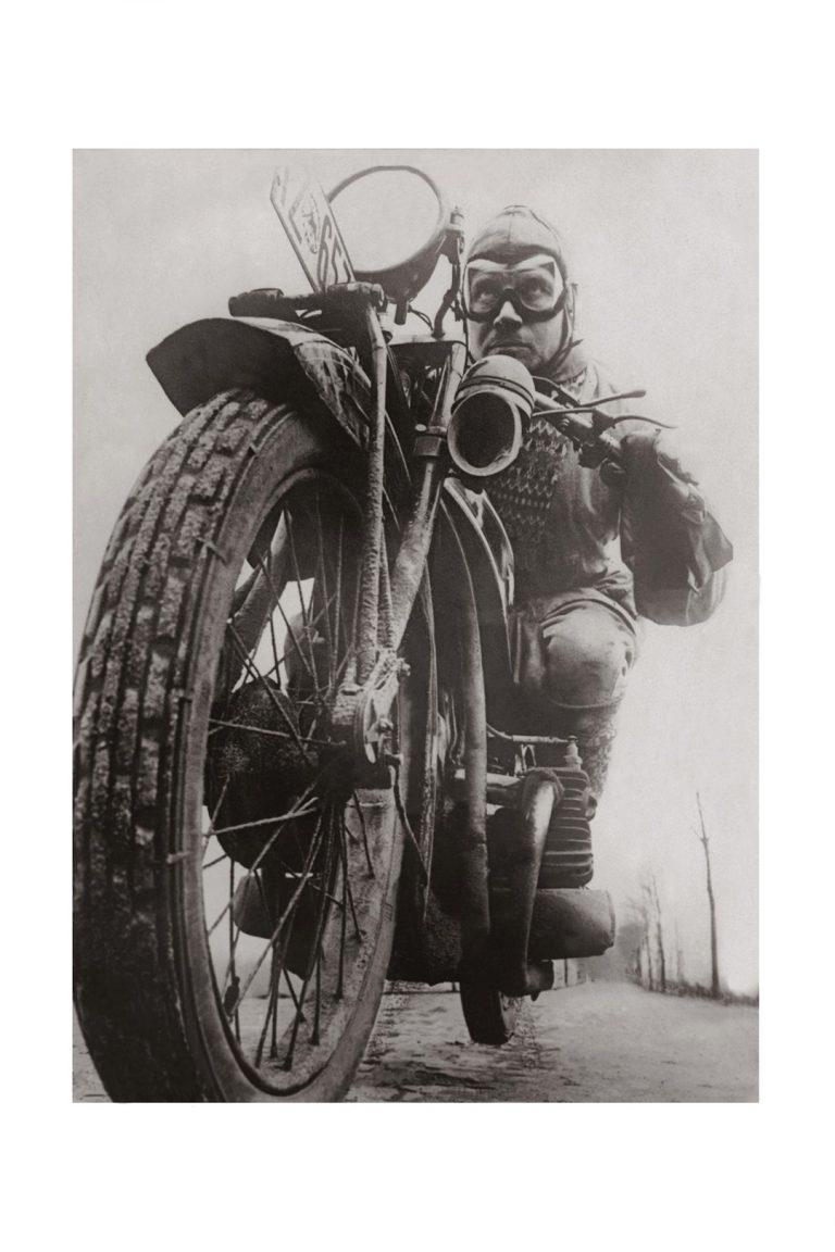 Photo ancienne noir et blanc moto n°29 alu 30x45cm