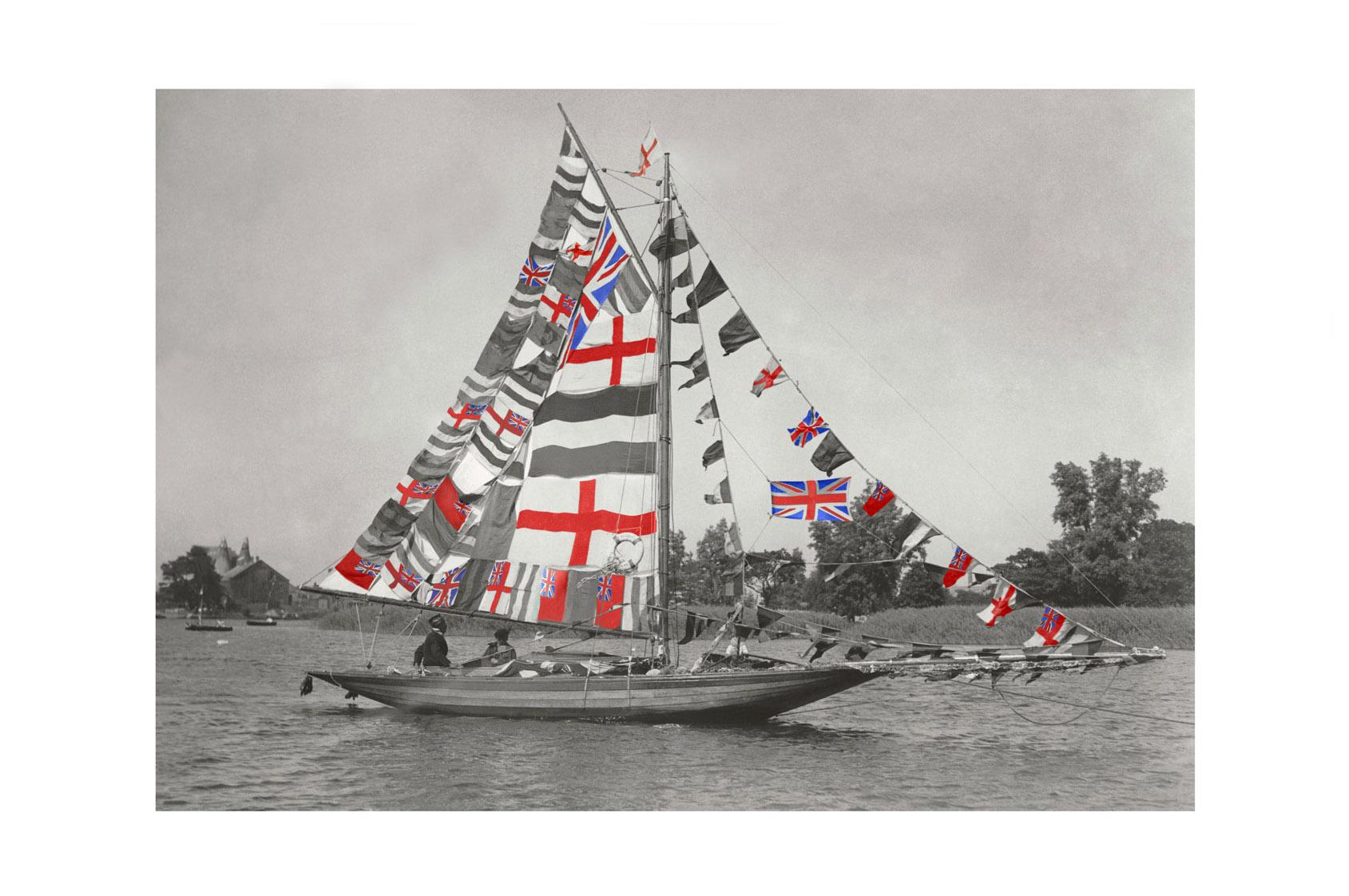 Photo ancienne couleur bateau n°06 cadre noir 30x45cm