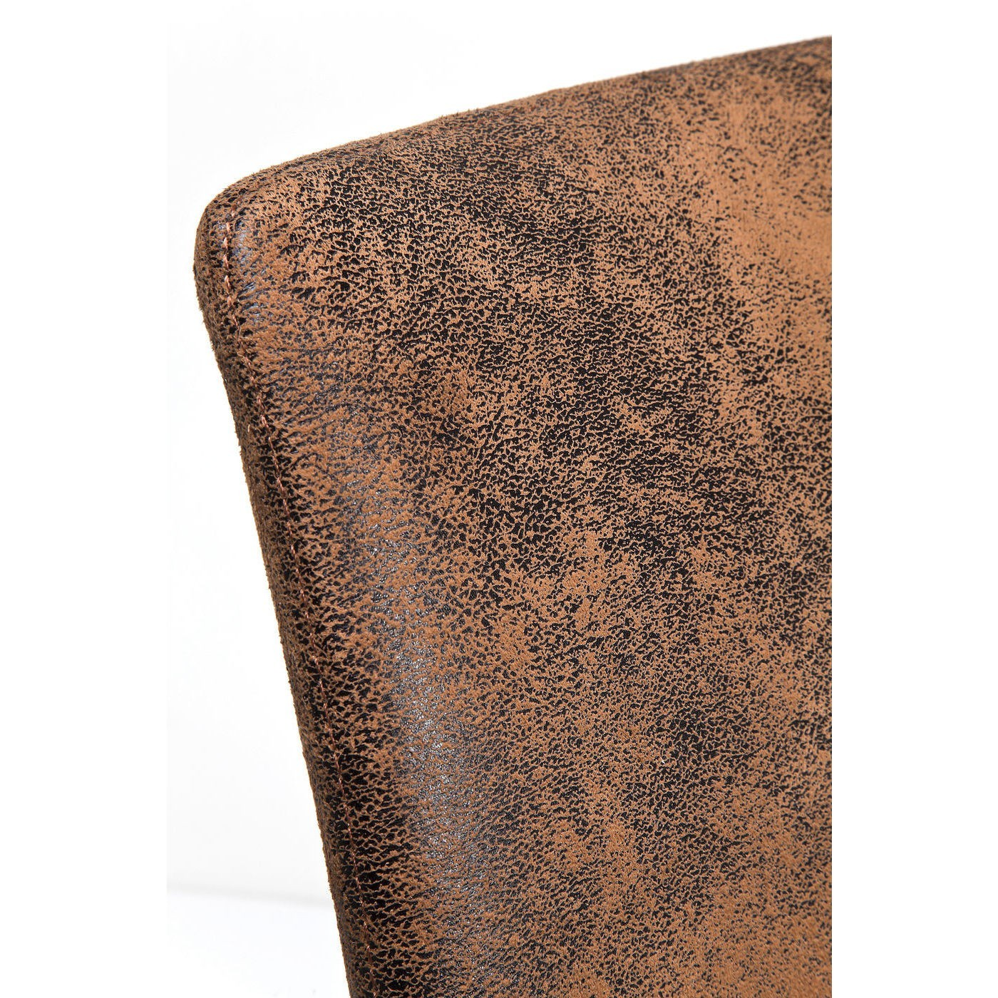 Chaise en cuir vintage