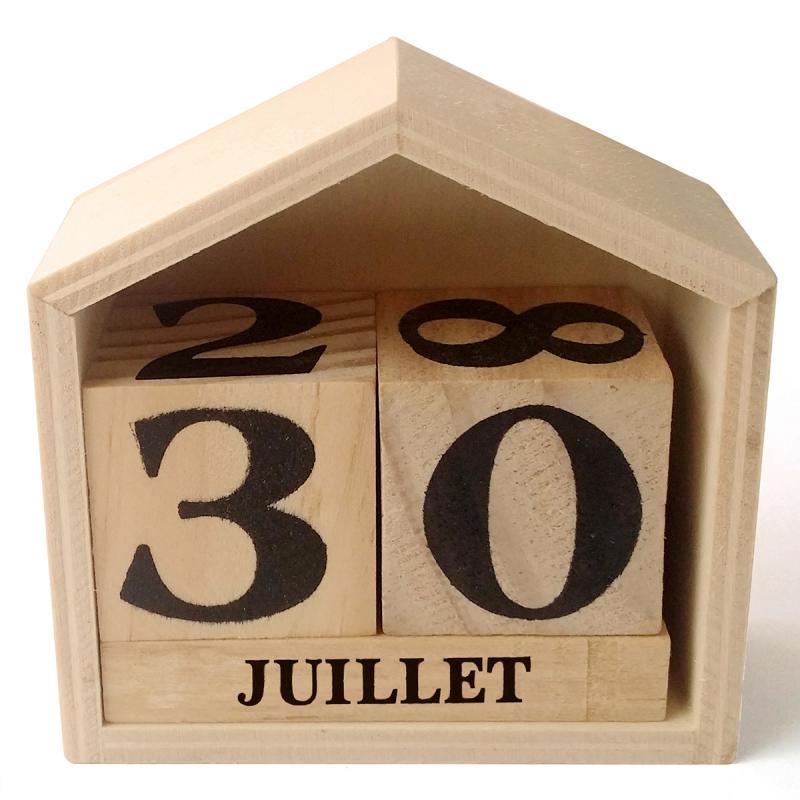 Calendrier perpétuel en bois maisonnette 7,3x8x3,4cm