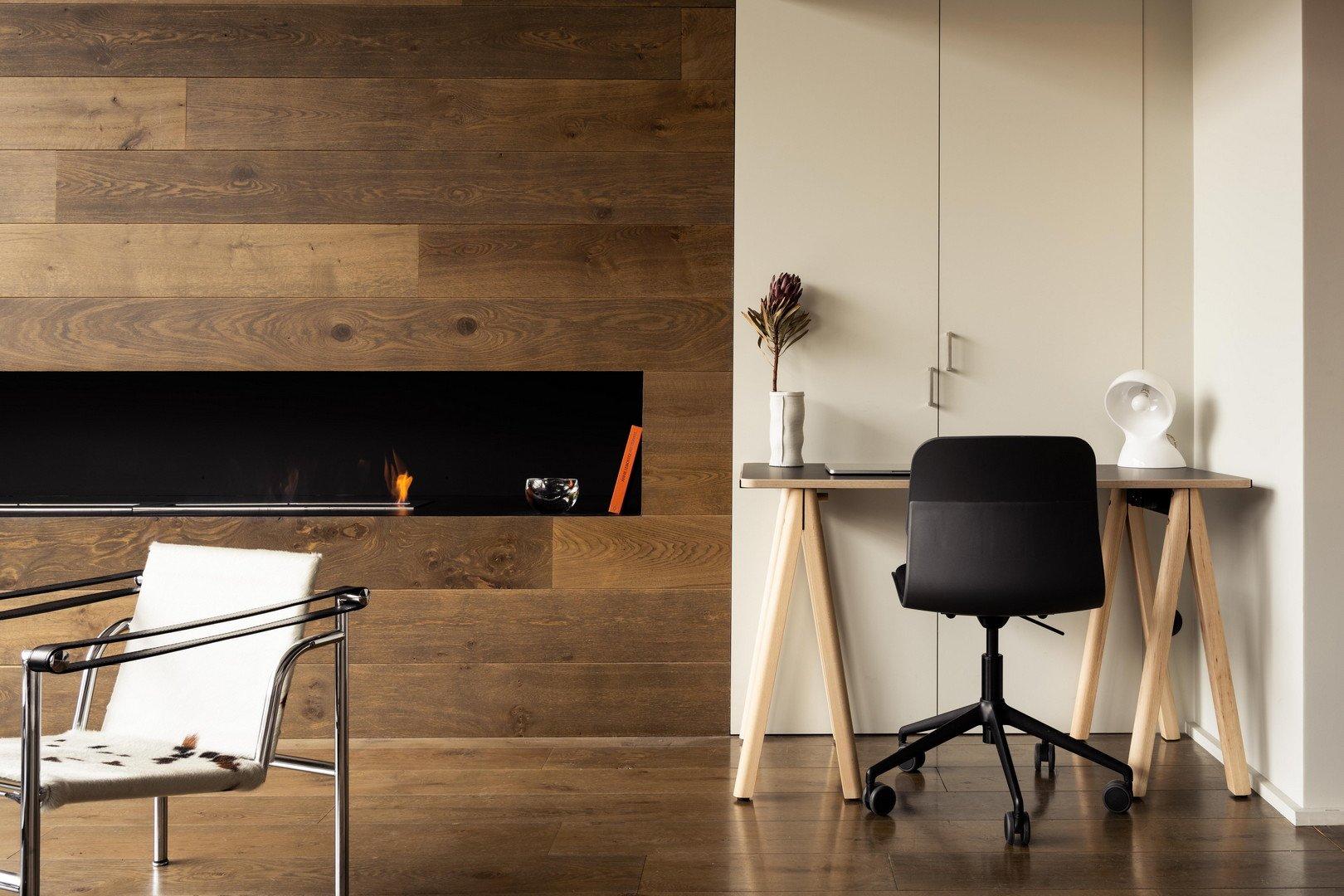 Bureau design et démontable - Pieds hêtre clair et plateau 130cm noir