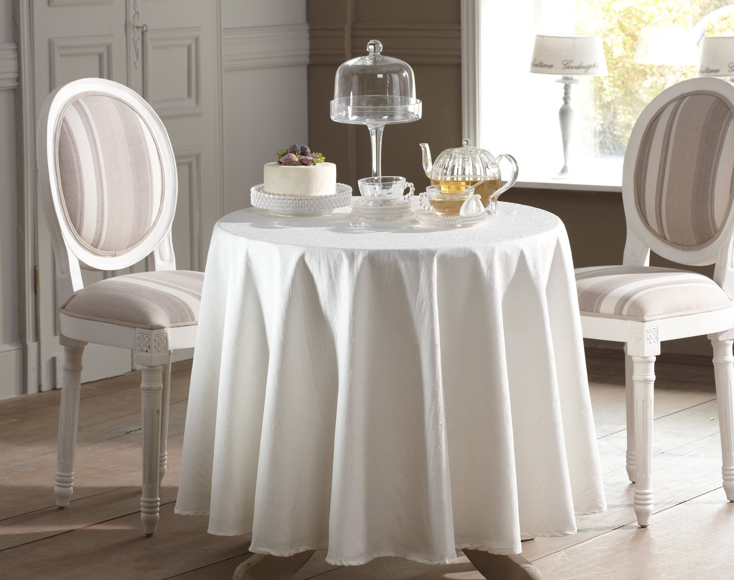 Nappe Ronde blanc en polyester 180x180