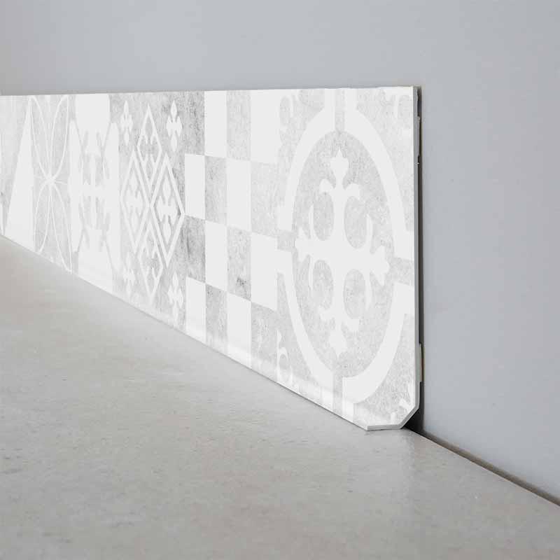 Lot de 25 plinthes PVC L200xH8cm