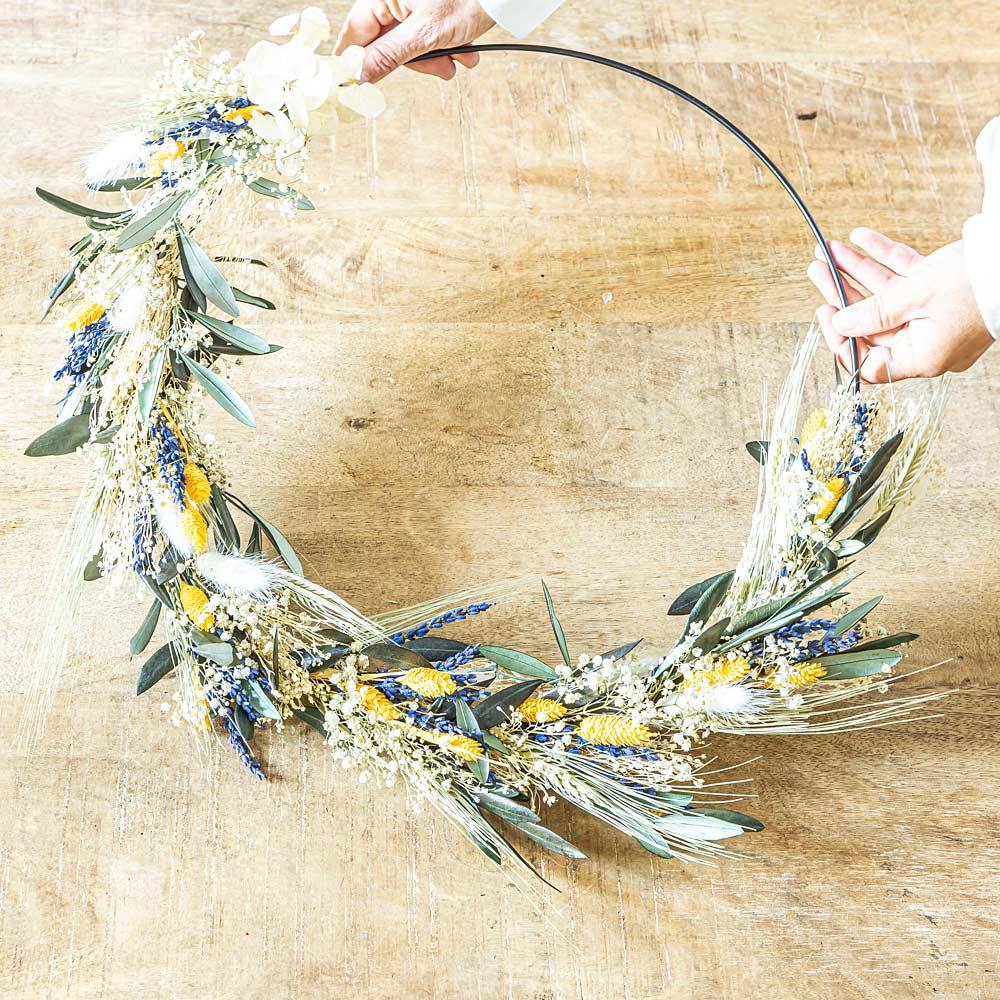 Couronne murale de fleurs séchées Hugo D50cm