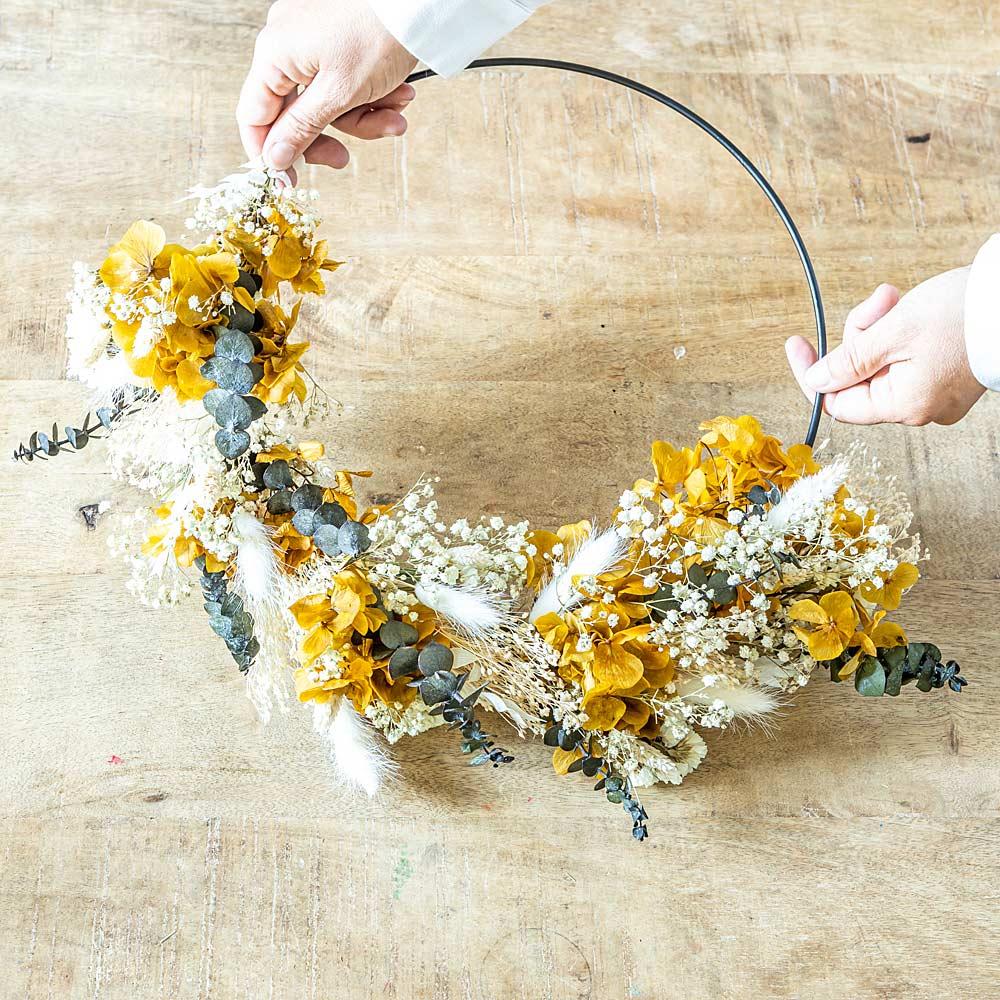 Couronne murale de fleurs séchées Hortense D50cm