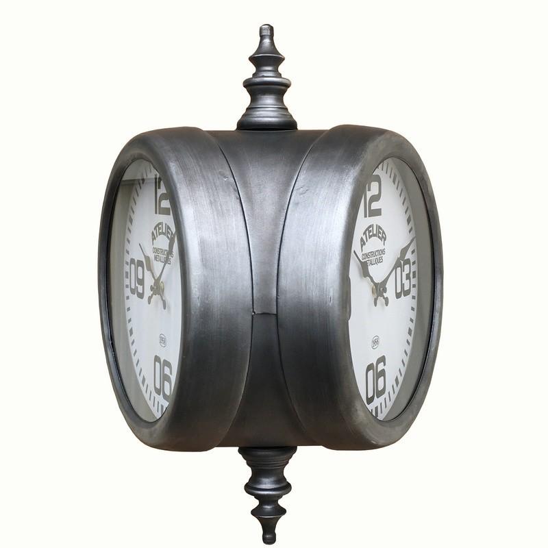 Grande horloge industrielle campagne métal fer
