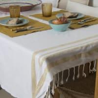 HAMPTONS - Nappe en coton 150x250 Blanc et or