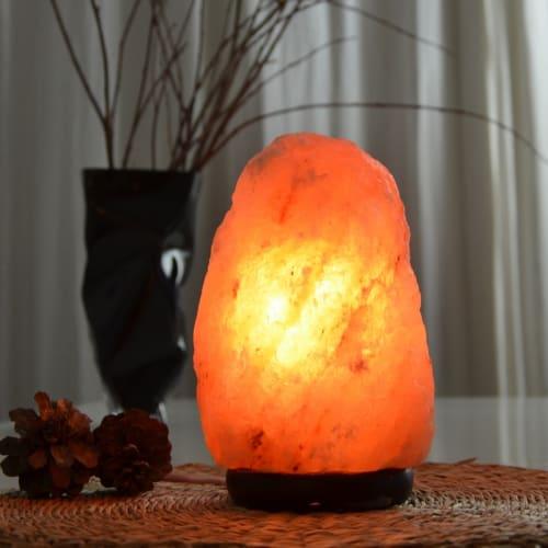 Lampe en cristal de sel Dolmen Lampe Pyramidale